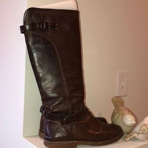 Frye  Brown Leather  Boots Size 8.5 lug soles